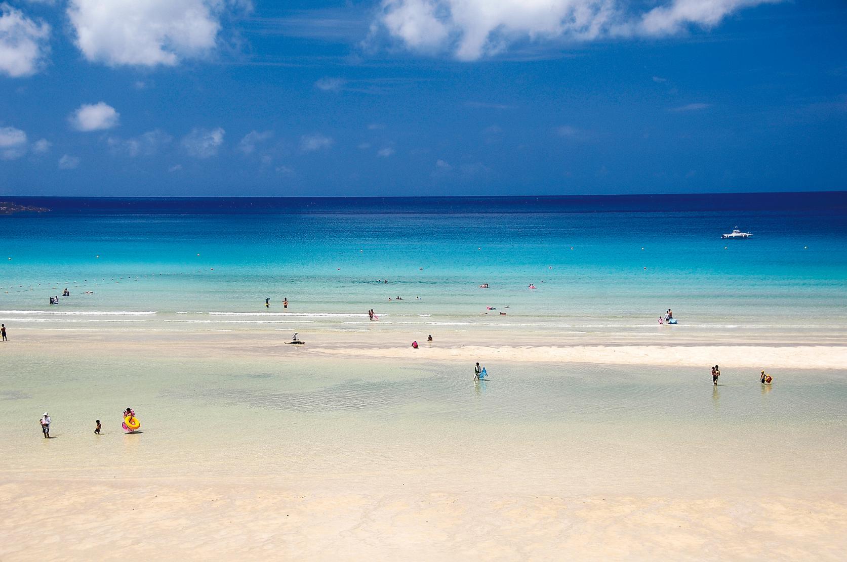 泳いでよし、眺めてよし、潜るもよし!美しすぎる五島の海の遊び方