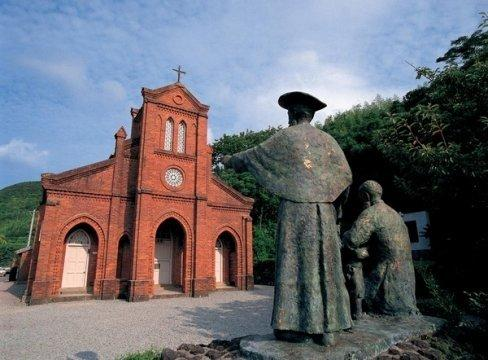 福江島に点在する教会群をめぐる教会巡礼の旅-1