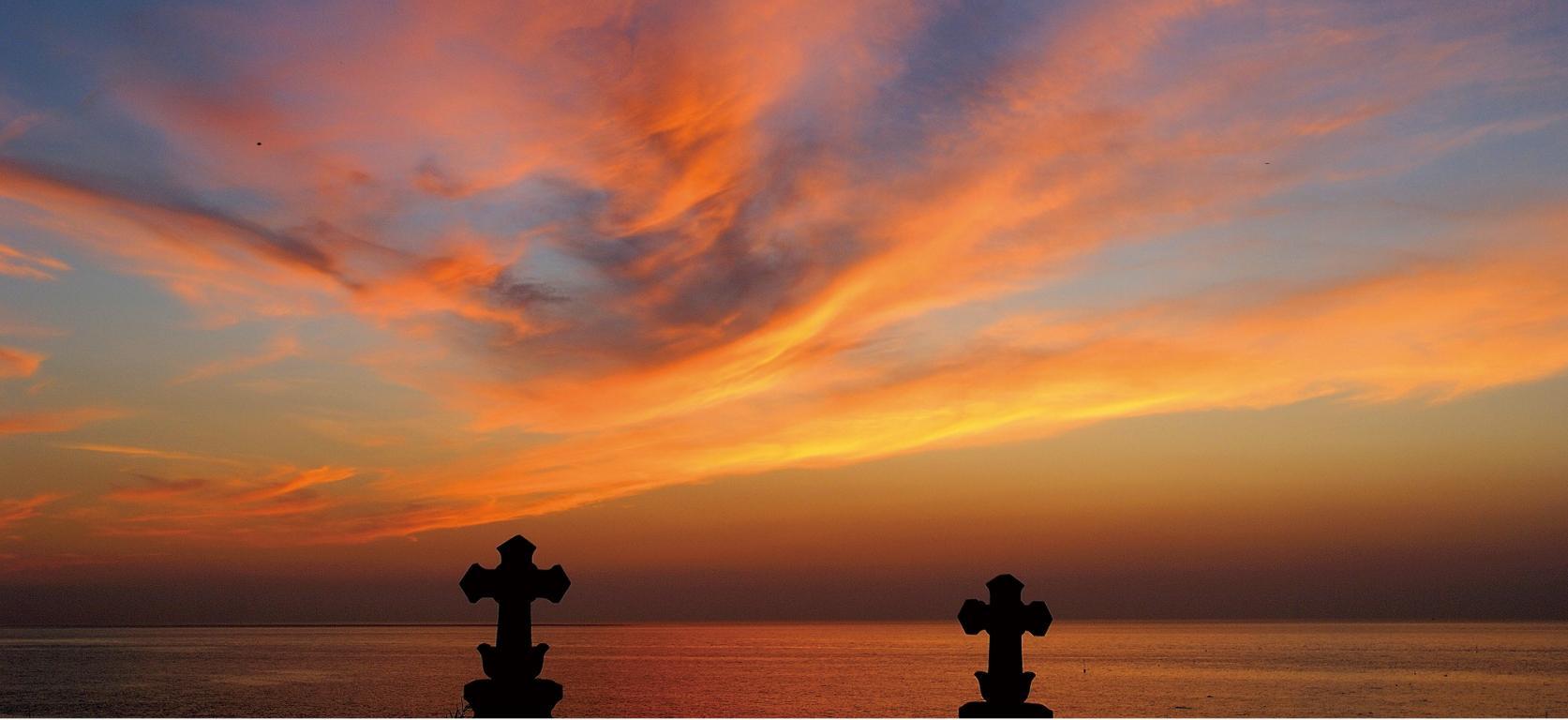 祈りの島の教会群をめぐる-1
