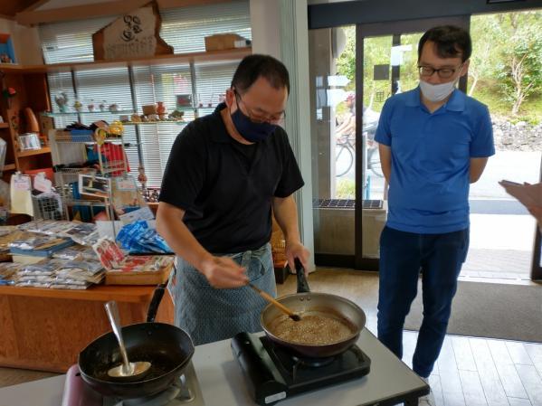 椿油作り体験-3